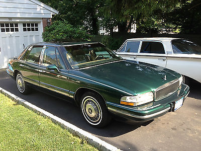 Buick : Park Avenue Base Sedan 4-Door Dark Green/Tan Cloth,v-6,auto,A/C,sun-roof,remote-start,traction-control,CD