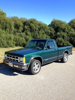 Chevrolet : S-10 Tahoe package Excellent condition. Very low miles.