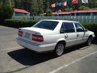 Volvo : 960 4 door Sedan ExcellentRunningVolvo960