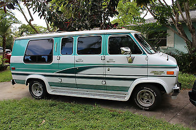 Chevrolet G20 Van Glaval Gladiator Conversion 1994 G 20 Green White Custom Extended Chevy
