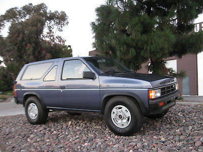 Nissan : Pathfinder SUV 2 doors 1987 nissan pathfinder terrano 4 wd 5 speed manual trans 1 owner from ca 2 doors