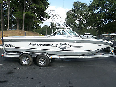 2002 Supra 21' Launch Wake Board Boat