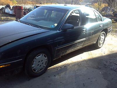 Chevrolet : Lumina Base Sedan 4-Door 1996 chevy lumina runs and drives needs body work and rear brake line