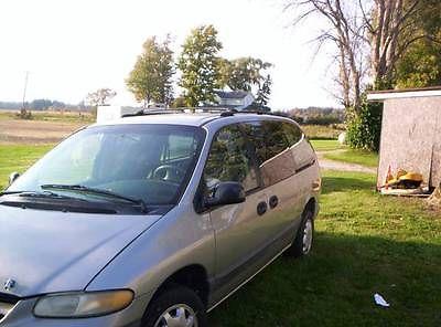Dodge : Grand Caravan Base Mini Passenger Van 3-Door Dodge 1996