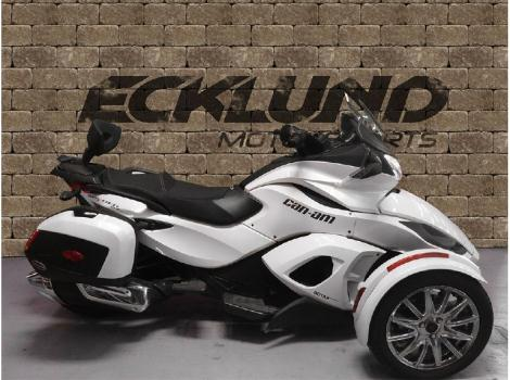 can am spyder st limited motorcycles for sale in wisconsin. Black Bedroom Furniture Sets. Home Design Ideas