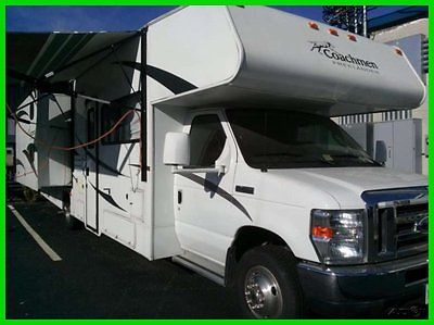 2010 Coachmen Freelander 32BH 32.5' Class C RV Ford V10 2 Slide Outs Sleeps 10