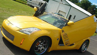 Nissan : 350Z Grand Touring Convertible 2-Door 2005 nissan 350 z grand touring convertible 2 door 3.5 l yellow lambo doors 20