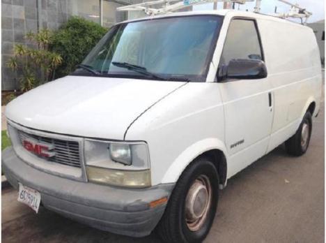 2001 GMC Safari Cargo Van