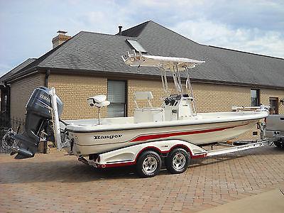 2008 Ranger 2400 bay