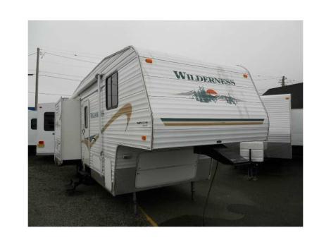 2004 Fleetwood Wilderness 25ft