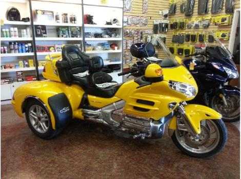 2005 Honda Goldwing GL1800 - Trike 1800 ABS