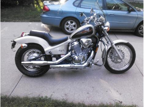 Honda Dealers Illinois >> 1998 Honda Shadow 600 Motorcycles for sale