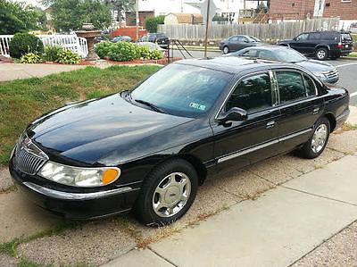 Lincoln : Continental Base Sedan 4-Door 2001 lincoln continental beautiful fully loaded luxury sedan black w chrome