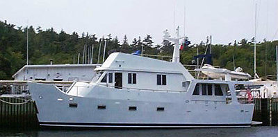 BUILDING PLANS FOR A 52-FOOT STEEL TRAWLER YACHT