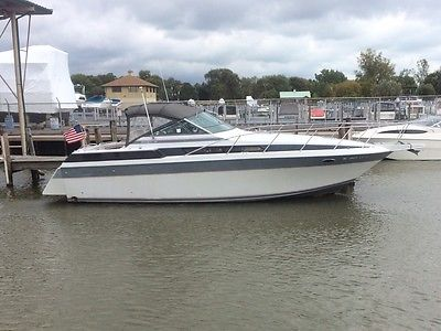 REPO! 1987 Chris Craft 32 Amerosport. Always FRESHWATER!!