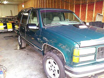 GMC : Yukon SLT 1500 1996 yukon 1500 slt 4 x 4 great truck for winter driving or plowing
