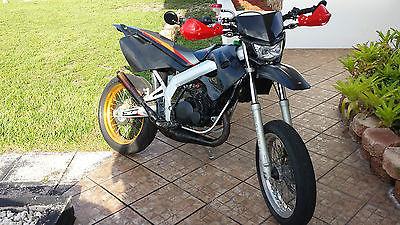 Yamaha : Other derbi supermoto with yamaha engine