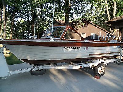 1965 18-ft Thompson Thom Boy Wood Boat