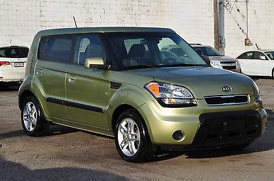 Kia : Soul Plus Hatchback 4-Door Only 82k Clean Economical Car Keyless Entry Alloys Bluetooth Rebuilt Forte Focus