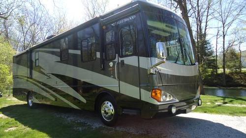 2006 Excursion 39V