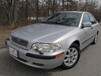 Volvo : S40 43K Miles - 1-Owner - Clean Carfax 2001 silver 43 k miles 1 owner clean carfax