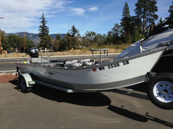 2012  Fish-Rite  18' Power Drifter