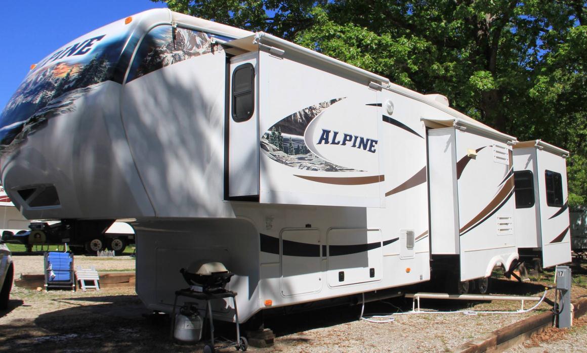 2012 Keystone Alpine 3500 RE