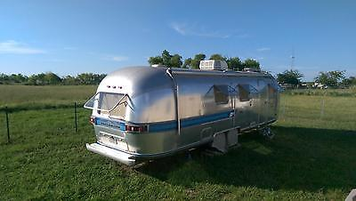 Airstream International  31' Sovereign