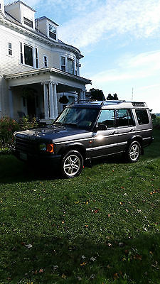 Land Rover : Discovery Series II SE Sport Utility 4-Door reliable and strong winter transportation