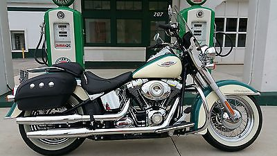 Harley-Davidson : Softail 2009 deluxe mint 1 420 miles turquoise antique white 6 speed 96 b 1584 cc bags a