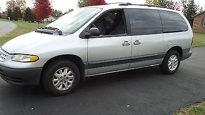Plymouth : Voyager SE Mini Passenger Van 4-Door Plymouth Voyager family minivan...selling CHEAP for fast sale
