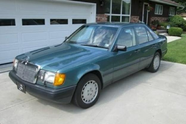 1988 Mercedes Benz 300E for: $11200