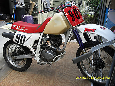 Honda : XR Honda XR200R Dirt Bike 1996