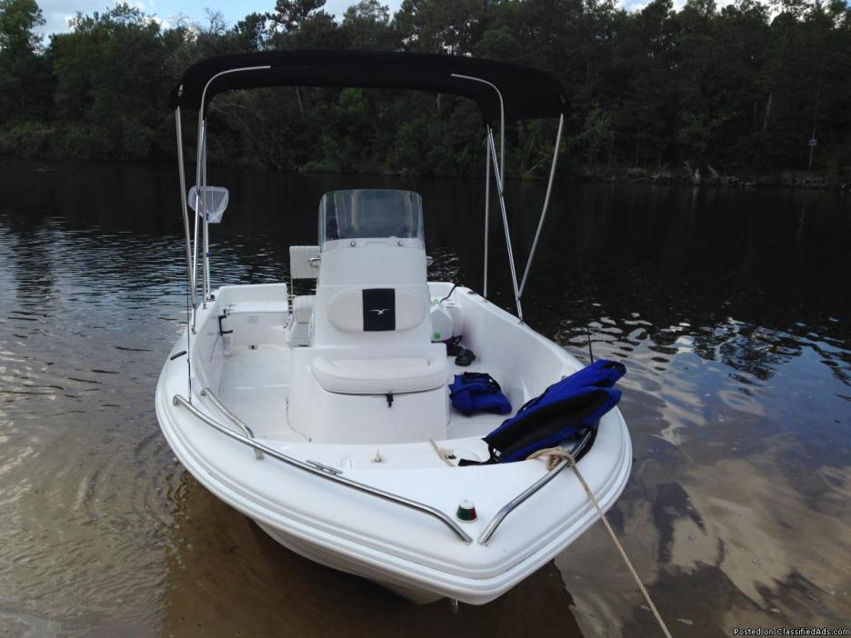 2005 ProLine Sport 17 with Yamaha 90 HP just serviced 9 Sept 15