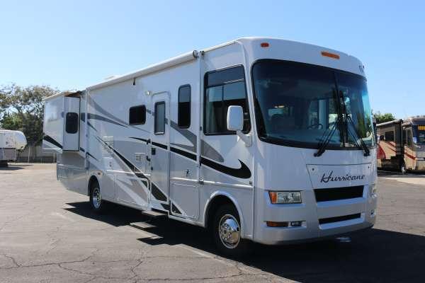Thor Motor Coach Hurricane Rvs 32a Rvs For Sale