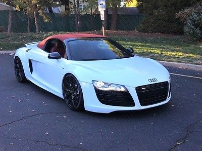 Audi : R8 5.2L 2011 audi 5.2 l