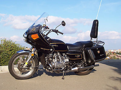 Honda : Gold Wing Vintage Honda Gold Wing Motorcycle 1979 Touring with Vetter Fairing and Bags