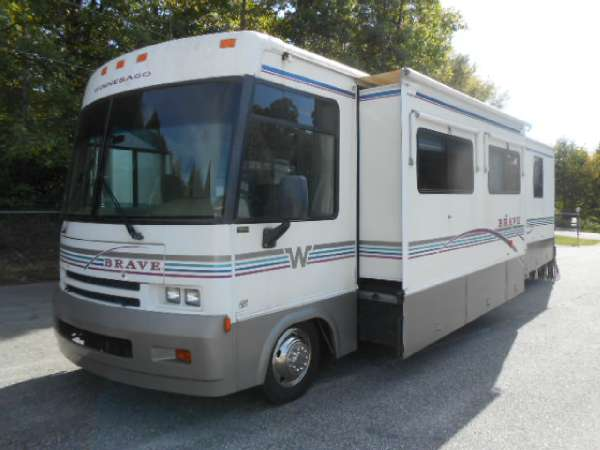2000 Winnebago Ultimate Advantage 36C