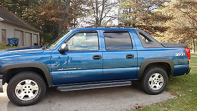 Chevrolet : Avalanche Z71 2004 chevy avalanche 1500 4 x 4 low miles good tires z 71