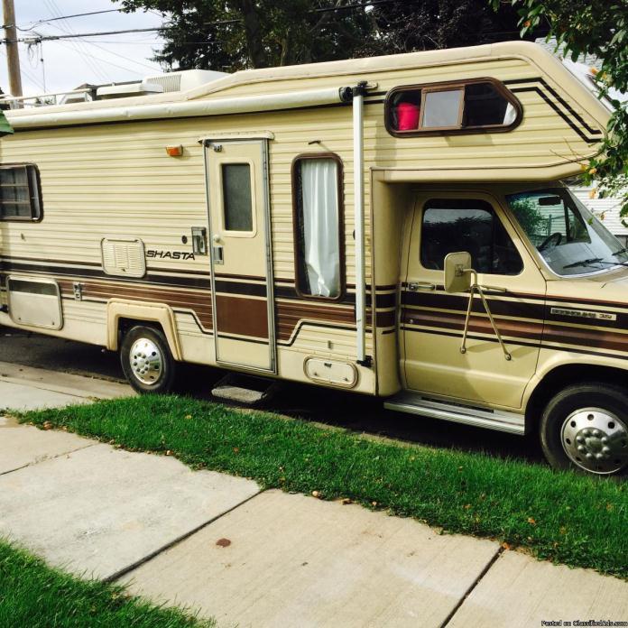 1986 Shasta motor home