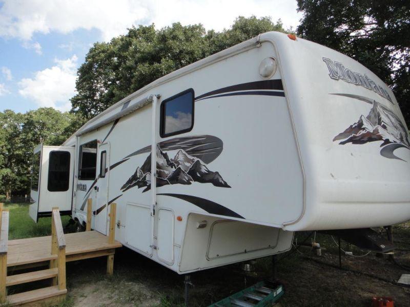 2006 Keystone Montana 37ft 4 slides 5th wheel/gooseneck travel trailer