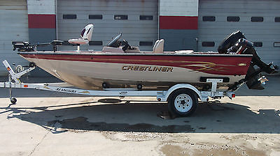 2001 CRESTLINER BASS WALLEYE SKI FISHING TOURNAMENT FISHHAWK BOAT