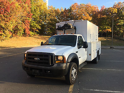 Ford : Other Pickups XL 2006 ford f 550 utility service truck with a 12 walkin box