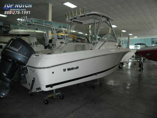 2013  Wellcraft  210 Coastal