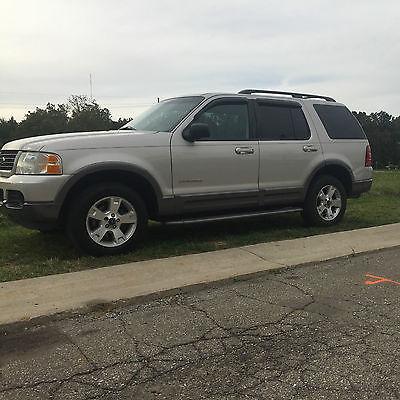 Ford : Explorer XLT Sport Utility 4-Door 2002 ford explorer very clean vehicle