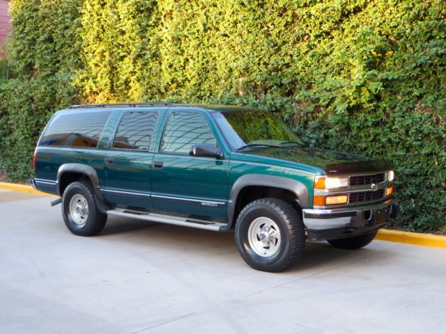 Chevrolet : Suburban 4x4 DIESEL! 2 owner lt leather 3 rd row 6.5 l diesel 4 wd low miles garage kept rare mint