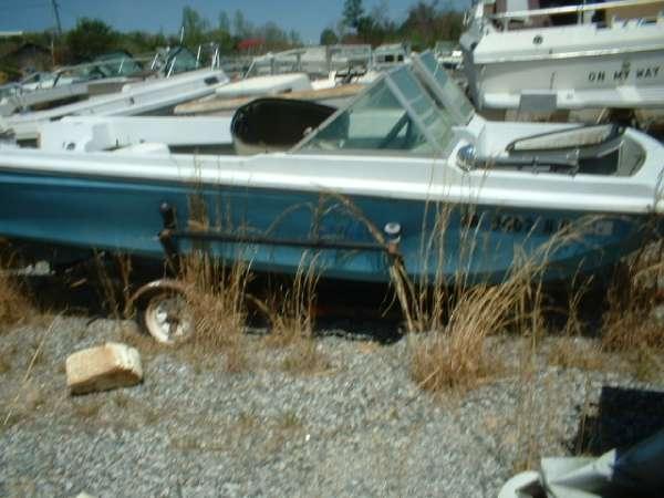 1971  Seaswirl  160 Bowrider Tri Hull Johnson 40