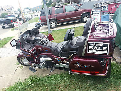 Honda : Gold Wing 1989 honda goldwing gl 1500 6 89 000 miles all the extra s pin striping