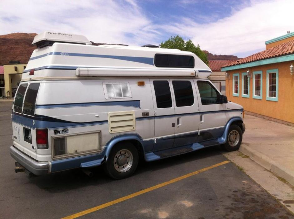 2000 Ford Coachman