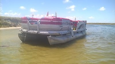 2002 Suntracker 22' Regency Pontoon Boat